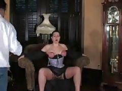 Gothikgirl steht auf Bondage beim Ficken